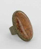 anillo-ovalado-metal-dorado-envejecido
